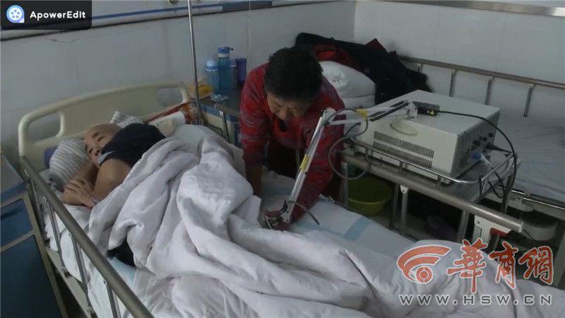 泾阳男子照顾瘫痪丈夫31年 丈夫想捐献器官把爱传递下去
