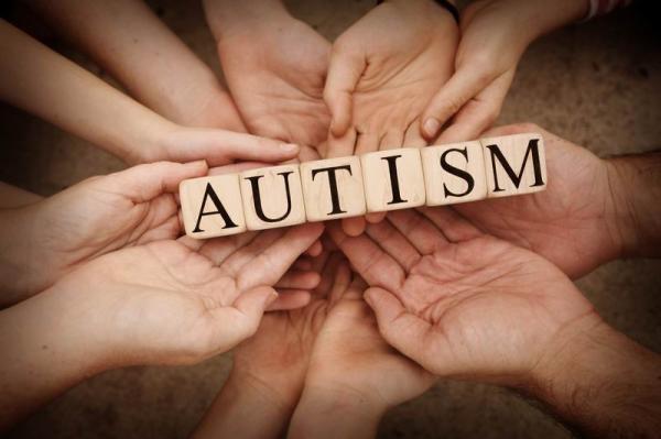 因不再可爱而被忽视:成年自闭症患者需要更多的关注和接纳