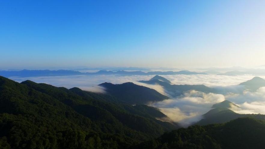 三秦秋实丨隐匿在秦岭深处的云海日出