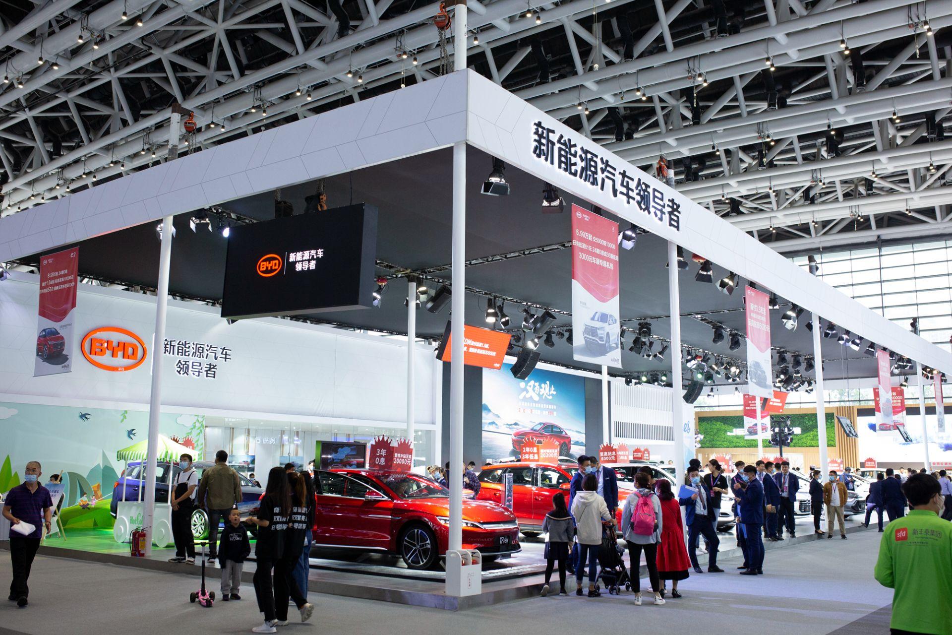 比亚迪汽车销量稳增 汉上市后大受热捧 西安地区已交付200辆