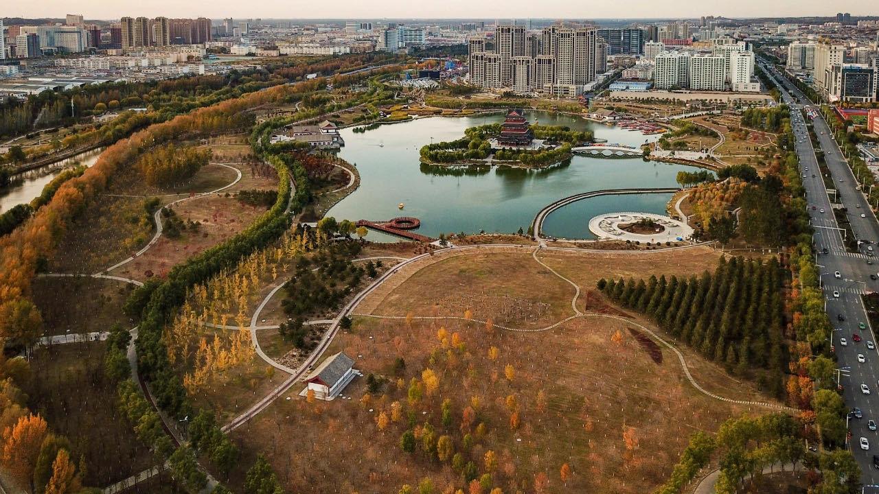 【视觉陕西】榆林:塞下秋来风景异 层林尽染瞰丰年