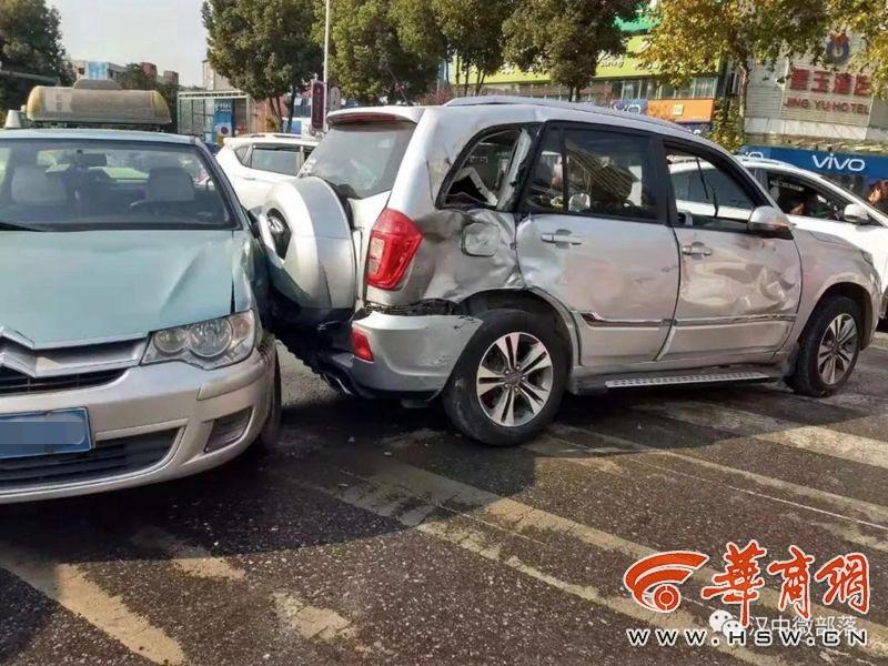 汉中公交司机带病开车致2死5伤 检方以交通肇事罪起诉司机