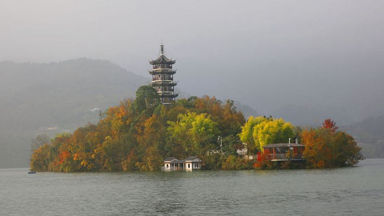 冬韵瀛湖:暖洋洋的色彩醉游人,满眼都是画