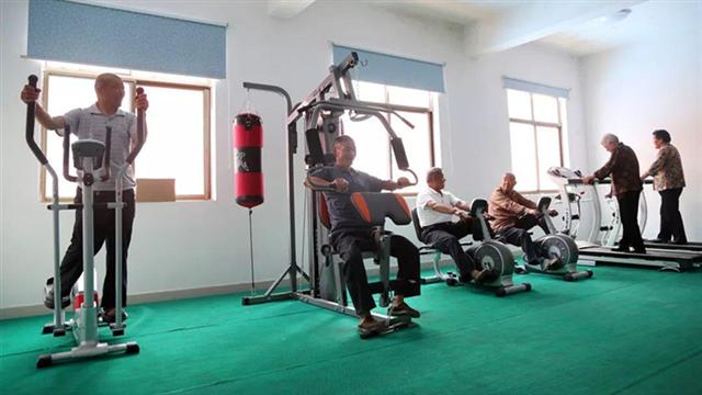 试点中心社区建设 健身型养老成新风尚