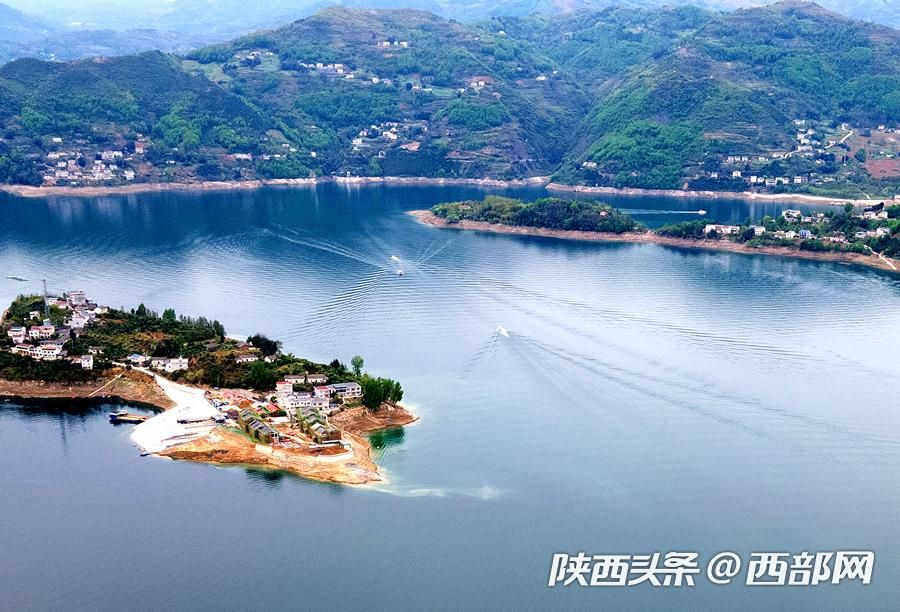 春天里的陕西丨安康瀛湖:诗情画意醉瀛湖 湖光山色两相和