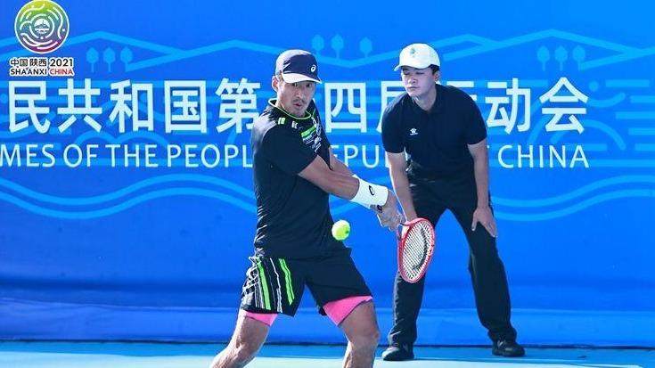 天津选手李喆夺得十四运会网球男子单打冠军