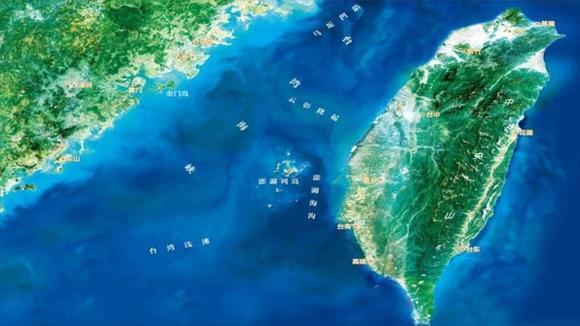 東部戰區(qu)新聞發言(yan)人就美加軍艦過航台灣海峽(xia)發表談話