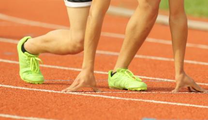 福建选手范泽覃夺得男子400米T11级金牌