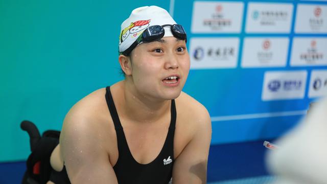 陕西游泳运动员成姣:游泳让我更加自信开朗