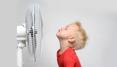 夏季贪凉容易热伤风