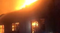灯笼厂发生火灾  灯笼仓库被烧毁