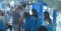[西安]女乘客碱中毒情况危急 众人携手救助